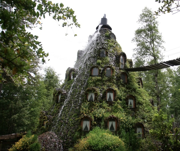 Magic-Mountain-Lodge-of-Huilo-Huilo-Chile-3