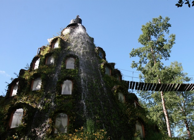 Magic-Mountain-Lodge-of-Huilo-Huilo-Chile-6