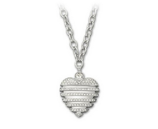 SWAROVKI-Sparkling-Moments-2013-Collection_04
