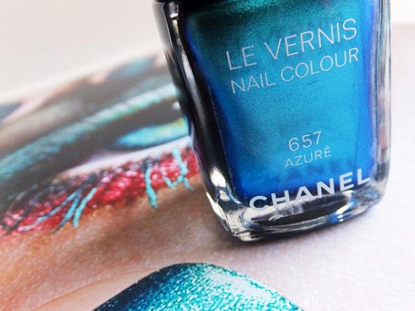 Chanel-Le-Vernis-Nail-Colour-in-657-Azuré_summer-2013