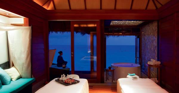 Constance-Halaveli-Resort-17