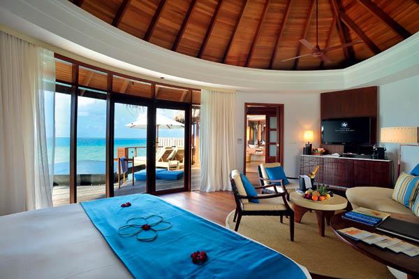 Constance-Halaveli-Resort-7