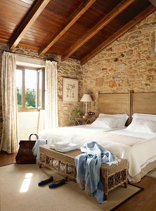 Master-Bedroom-Rustic-Details