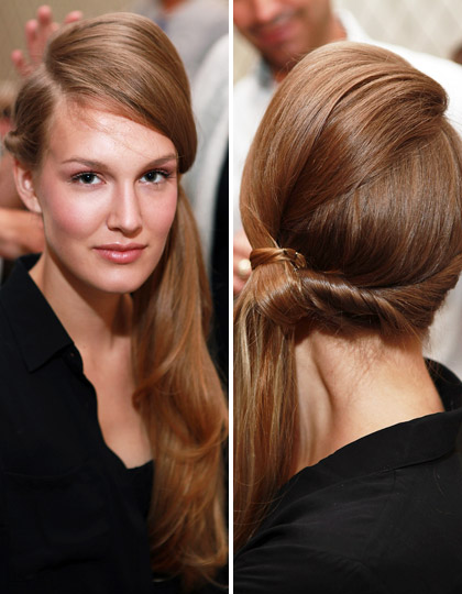 hair style pony tail
