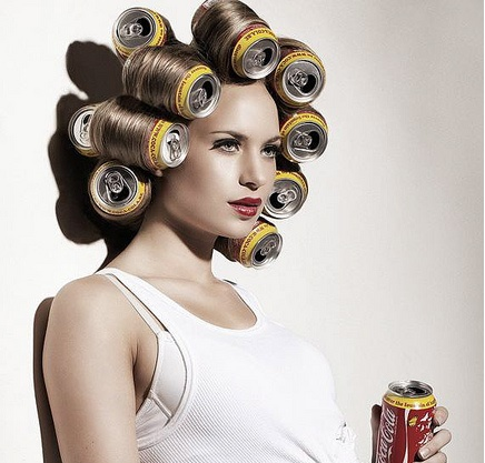 using soda can for hair style
