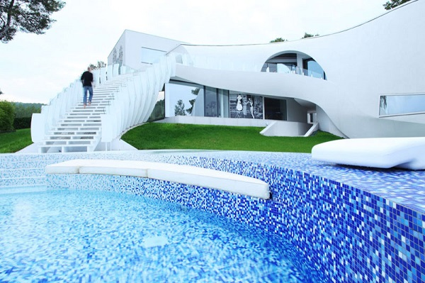 Casa-Son-Vida-1-by-tecArchitecture-and-Marcel-Wanders-Studio-10