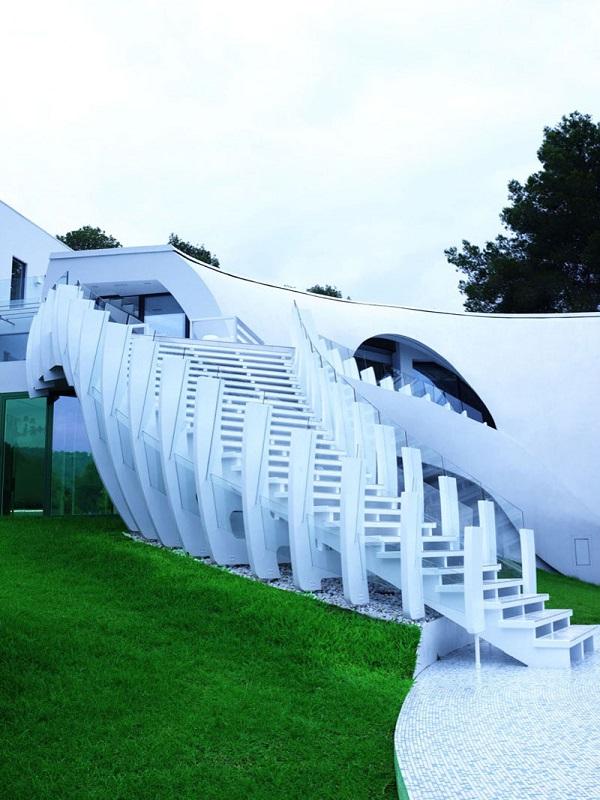 Casa-Son-Vida-1-by-tecArchitecture-and-Marcel-Wanders-Studio-4