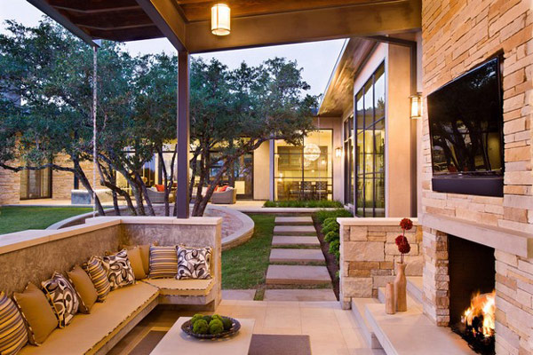 Hill-Country-Contemporary-home-21