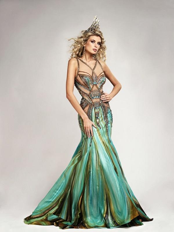 Blanka Matragi On Pinterest Haute Couture Bob Mackie