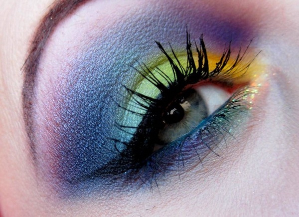 Party-Eye-Makeup-with-Eyelash-Extensions_05