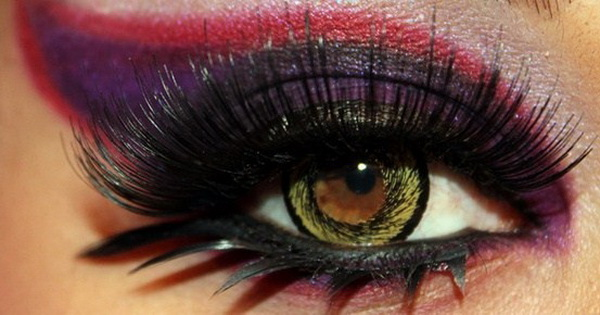 Party-Eye-Makeup-with-Eyelash-Extensions_11