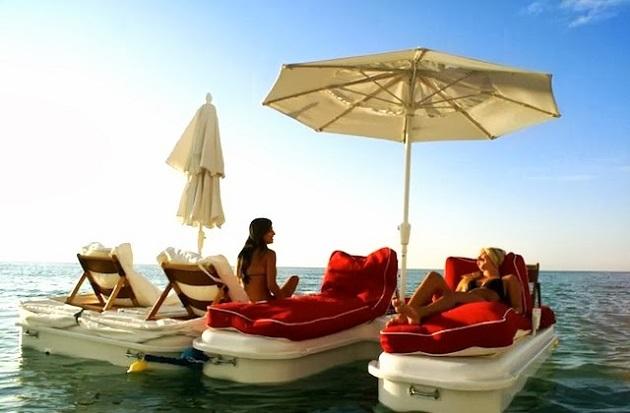 SeaDuction-Cabana-Float-2