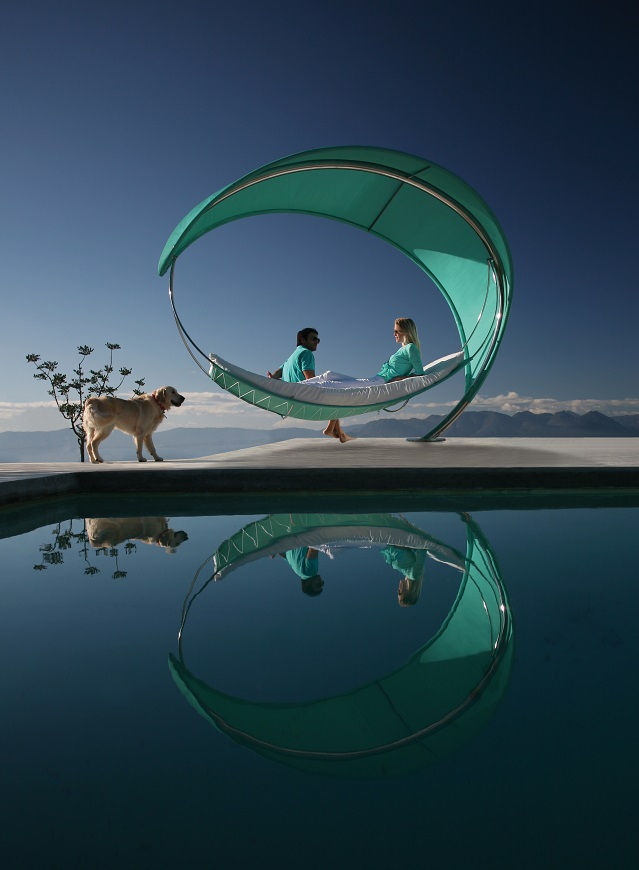 The WAVE Hammock by Erik Nyberg and Gustav Strom - AllDayChic