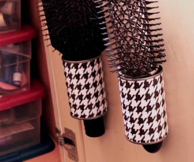 how to clean makeup brushes and keep them soft