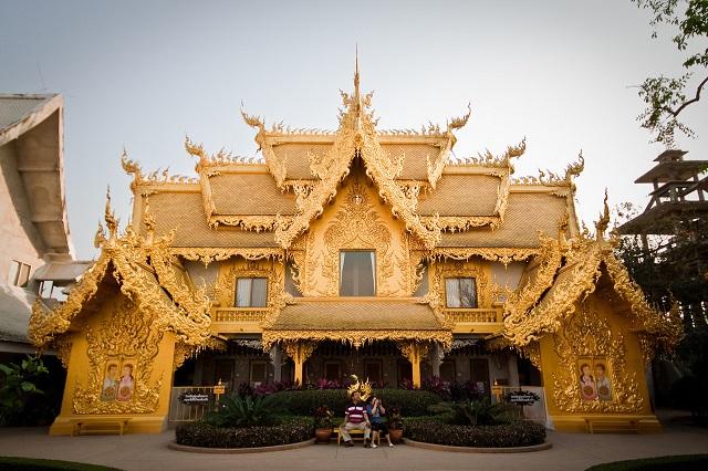Koi-in-pond-Wat-Rong-Khun-White-Temple-Chiang-Rai-Thailand 17