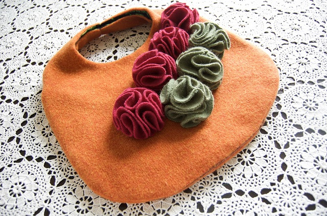 25 cute handbag from a sweater DIY