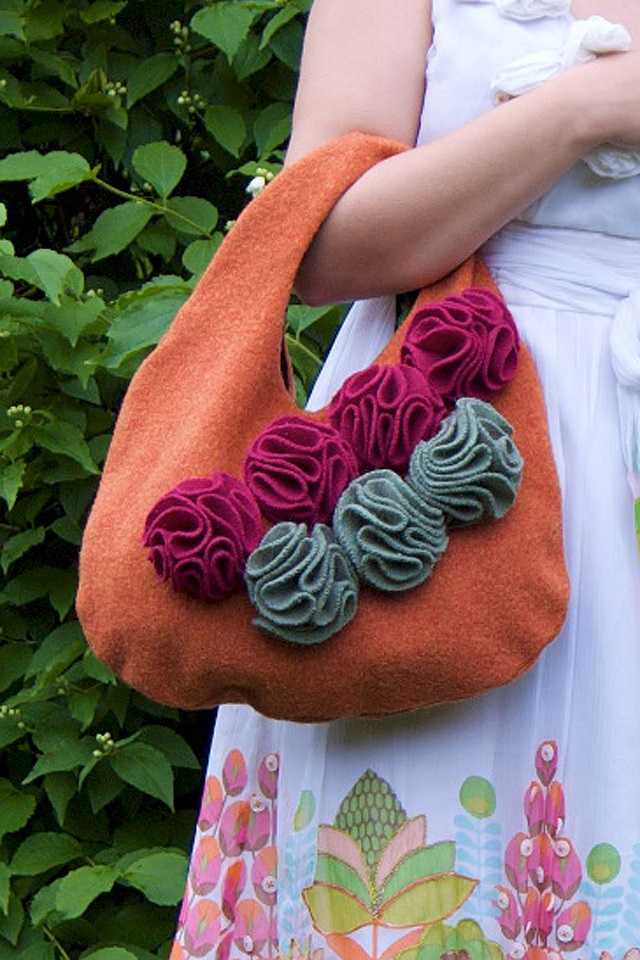 28 cute handbag from a sweater DIY