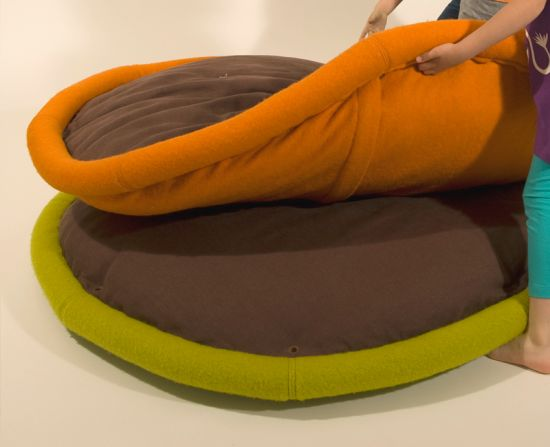 BLANDITO. Transformable pad for lazy living 6