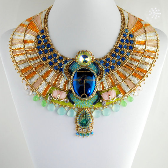 Beautiful Egyptian Themed Collar Necklace 4