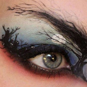 Creative makeup by Sandra Holmbom