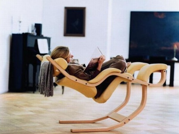 The Gravity Balans Chair - AllDayChic