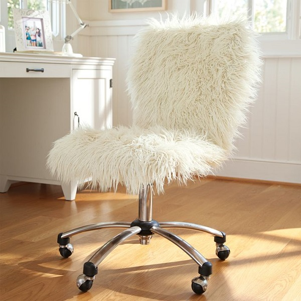 Furlicious Chairs and Ottomans (3)