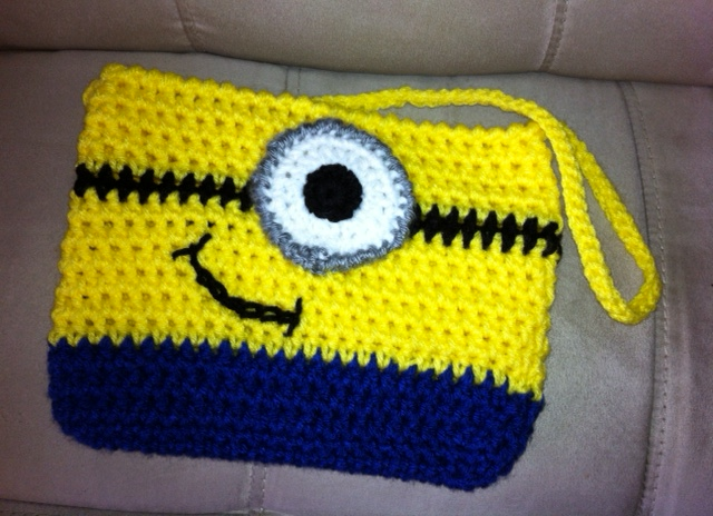 Crochet Minion Purse - DIY - AllDayChic