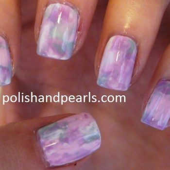 marble-nail-art-using-a-plastic-sandwich-bag 1