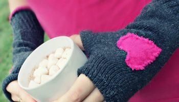 fingerless-gloves-out-of-socks