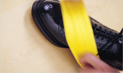 natural shoe polish banana (2)