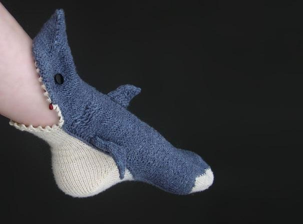shark-socks-1