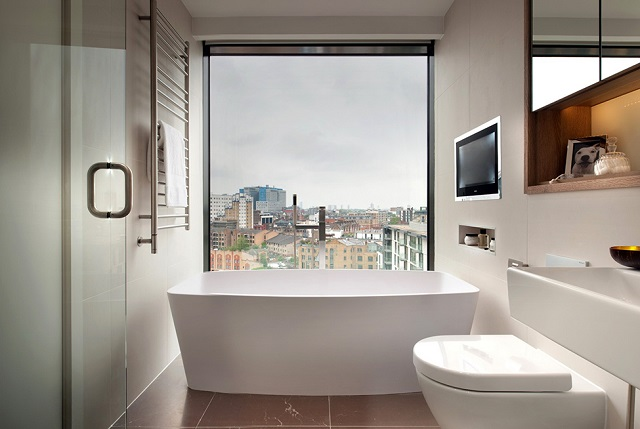 Tub-with-view