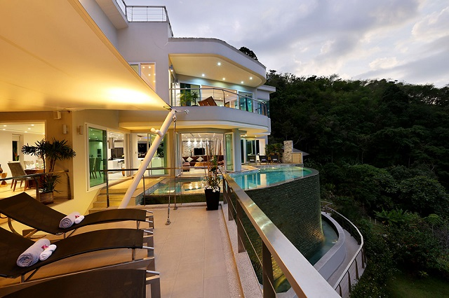 Amazing Villa for a Memorable Holiday in Phuket, Thailand (2)