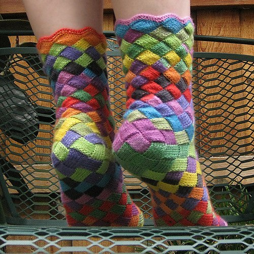 Rainbow Patch Knitted Socks Idea - DIY (2)