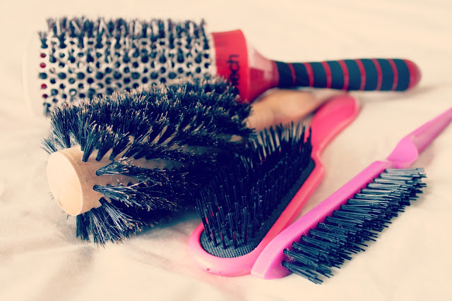 Tips on Getting Your Hairstyle Done - DIY (3)