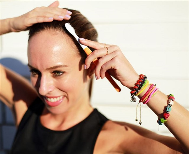 Tips on Getting Your Hairstyle Done - DIY (4)