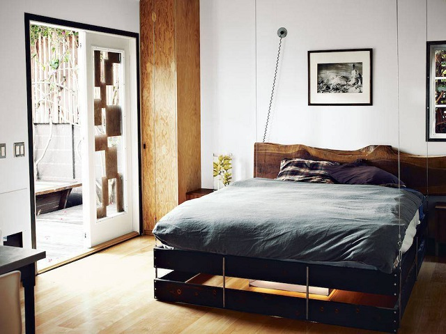 Retractable Bed Perfect for Small Interiors (2)
