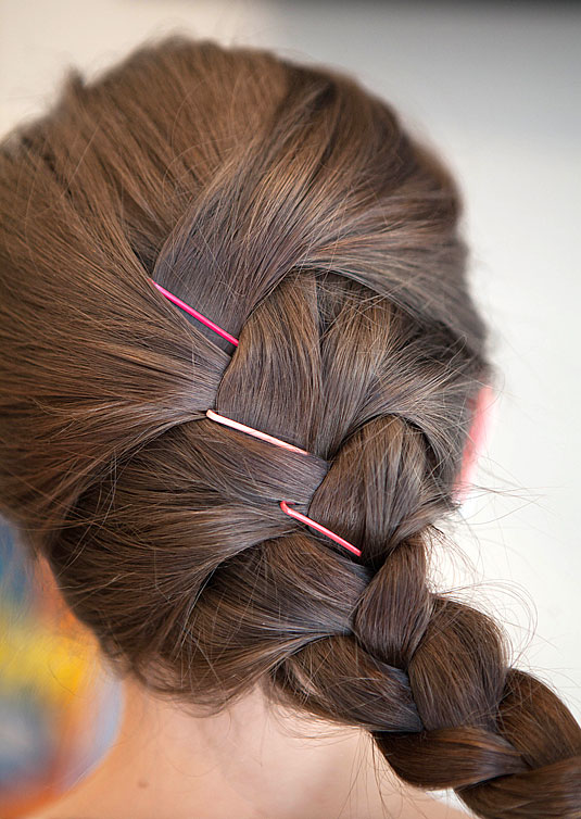 Creative Ways to Use Bobby Pins 14