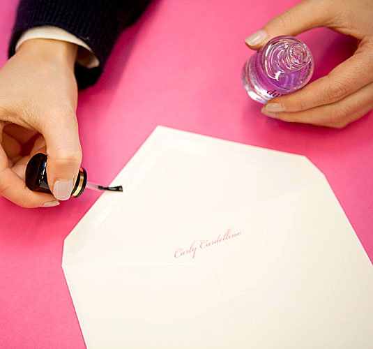 Unconventional Ways to Use Nail Polish (3)