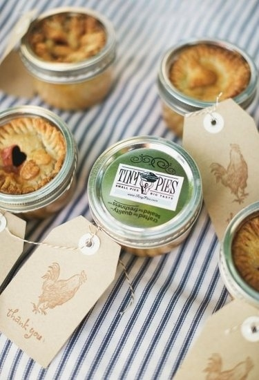 35 Awesome Wedding Favors Your Guest Will Adore