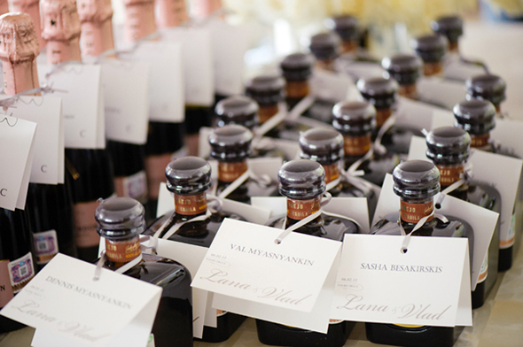 40 Awesome Wedding Favors Your Guest Will Adore