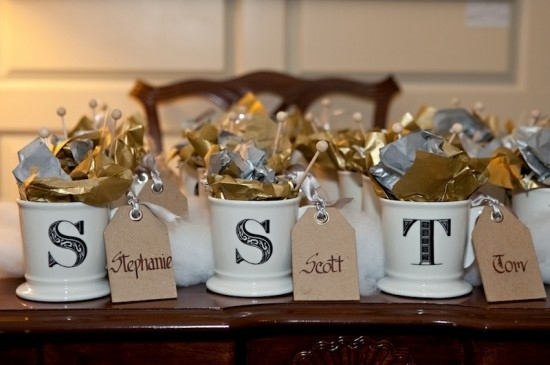 44 Awesome Wedding Favors Your Guest Will Adore