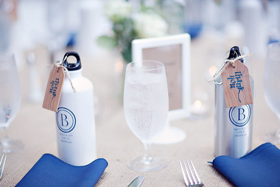 6 Awesome Wedding Favors Your Guest Will Adore