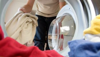 6 Awesome Tricks For Perfectly Washed Clothes