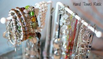 DIY-jewelry-organizer-hand-towel-rack