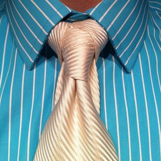 necktie knot (2)
