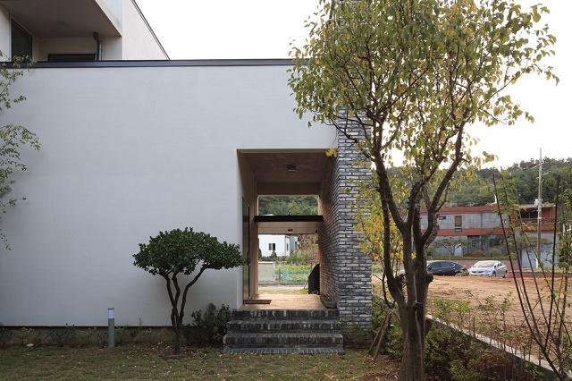 modern-home-613