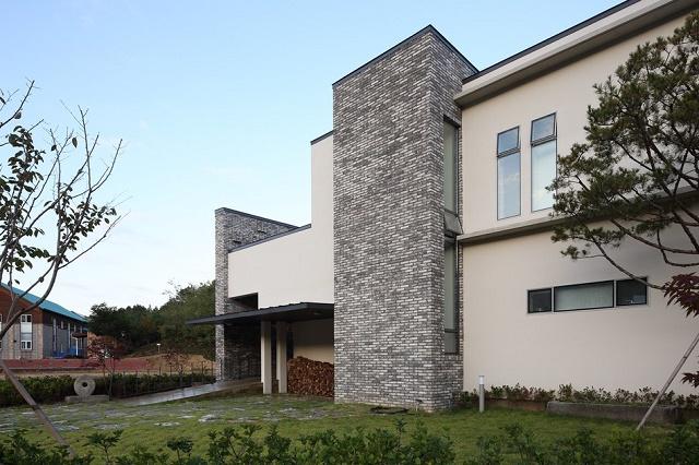 modern-home-813