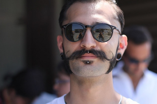 The Handlebar Moustach