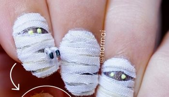 3d-mummy-nail-art-for-halloween-glow-in-the-dark-1